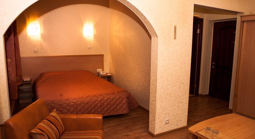 Pogostite.ru - Джунгли отель - Айвенго коттеджи | Подольск | Симферопольское ш. 41 км #31