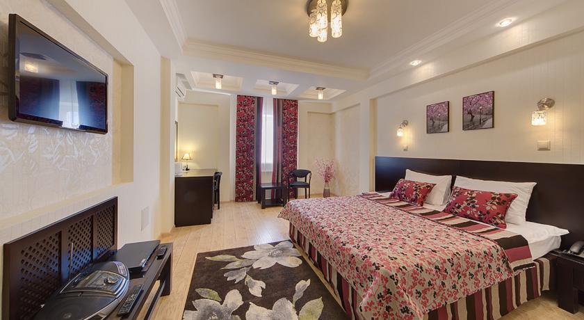 Pogostite.ru - Джунгли отель - Айвенго коттеджи | Подольск | Симферопольское ш. 41 км #7
