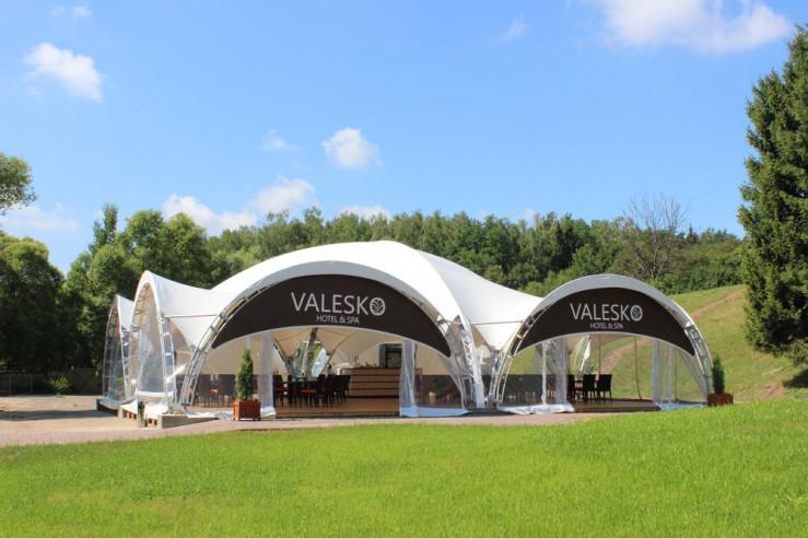 Pogostite.ru - ВАЛЕСКО СПА-ОТЕЛЬ | VALESKO HOTEL & SPA | Григорчиково | Коттеджи | Оборудованный пляж #3