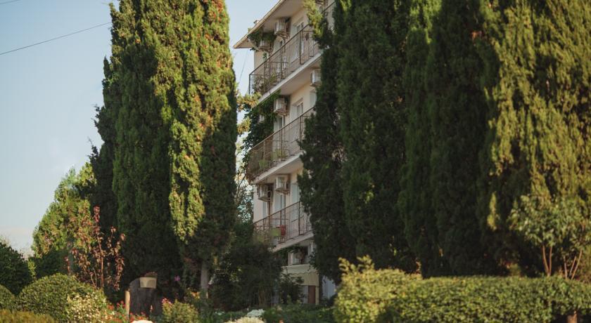 Pogostite.ru - Парк-отель и пансионат «Песочная Бухта»(г. Севастополь, центр, 1-линия) #3