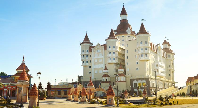 Pogostite.ru - БОГАТЫРЬ Гостиничный комплекс | г. Сочи | Диснейленд | детская игровая площадка #41