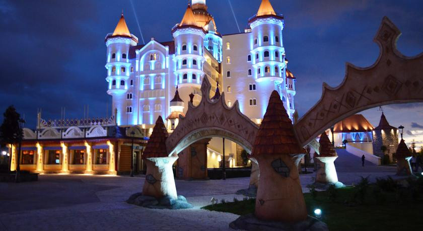 Pogostite.ru - БОГАТЫРЬ Гостиничный комплекс | г. Сочи | Диснейленд | детская игровая площадка #2