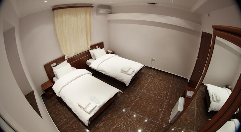 Pogostite.ru - TOWN PALACE HOTEL ( г. Ереван, центр) #14