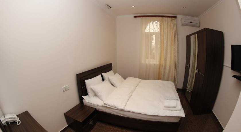 Pogostite.ru - TOWN PALACE HOTEL ( г. Ереван, центр) #18