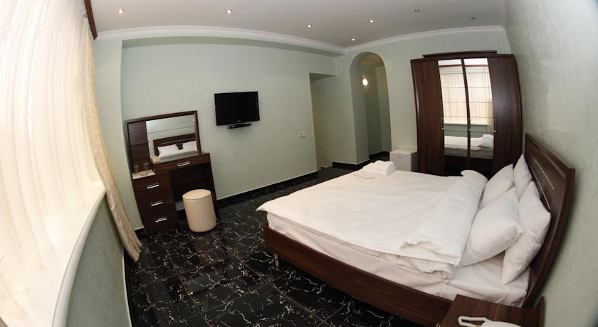 Pogostite.ru - TOWN PALACE HOTEL ( г. Ереван, центр) #5
