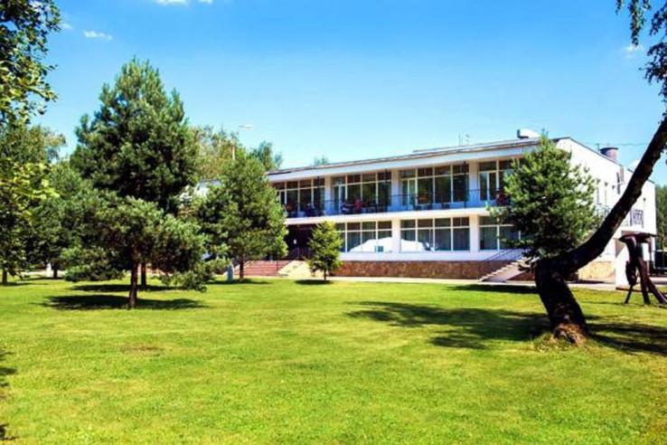 Pogostite.ru - Парк-отель ЗВЕНИГОРОД | г. Звенигород | Парковка #3
