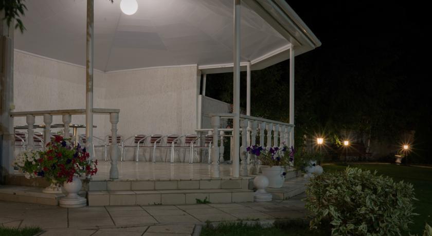 Pogostite.ru - Парк-отель Журавли | Саратов | парк Победы | Сауна #12