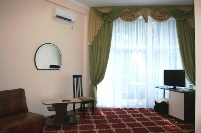 Pogostite.ru - БЕРЕГ | г. Адлер | отель на 1 линии #7