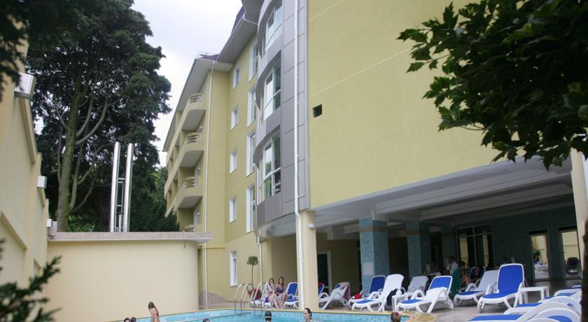 Pogostite.ru - АЛЬМИРА | г. Адлер | Открытый бассейн | cауна | пляж рядом #2
