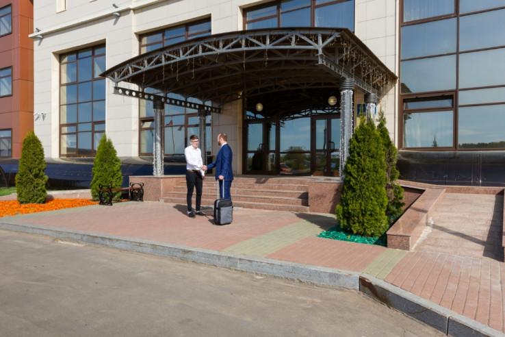 Pogostite.ru - РЕЗИДЕНТ ОТЕЛЬ | г. Дубна, Московская область | Парковка #5