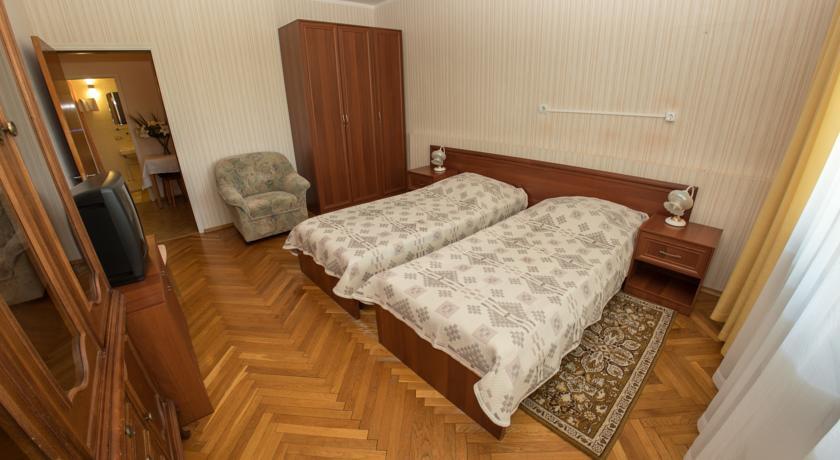 Pogostite.ru - ПЕТРОВО-ДАЛЬНЕЕ пансионат (Красногорск, Жуковка, м. Тушинская) #60