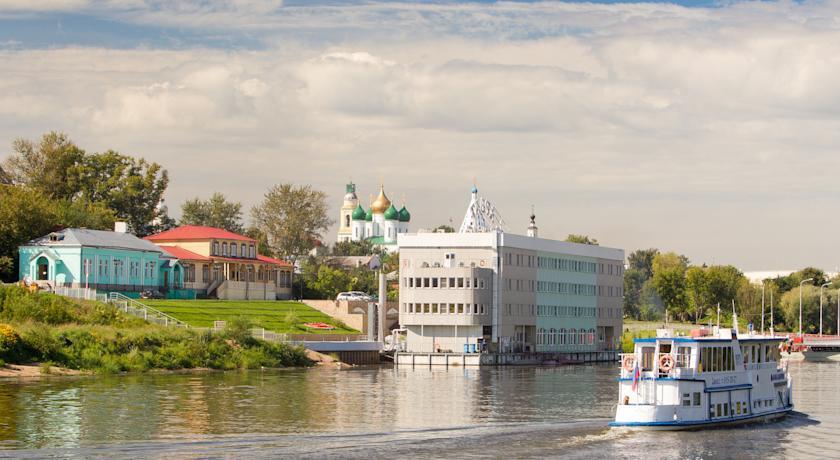 Pogostite.ru - 40-й Меридиан Арбат (г. Коломна, отель на воде, Яхт-клуб) #1