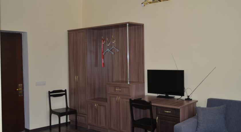 Pogostite.ru - 1-ST ТРЭЙН (г. Йошкар-Ола, центр) #7