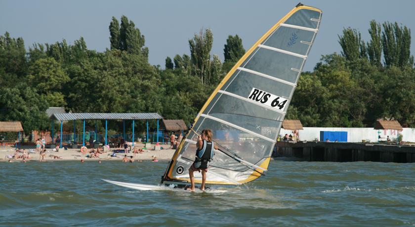 Pogostite.ru - ТОРНАДО водноспортивный клуб-отель | г. Ейск, 1 линия, песчаный пляж #2