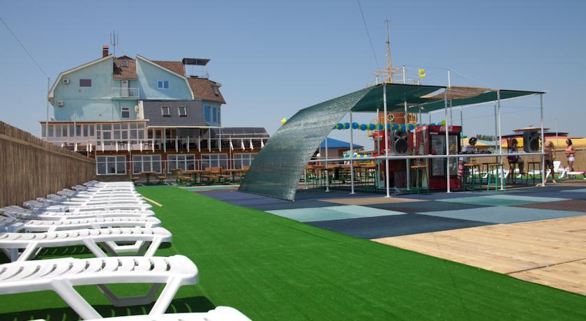 Pogostite.ru - ТОРНАДО водноспортивный клуб-отель | г. Ейск, 1 линия, песчаный пляж #39