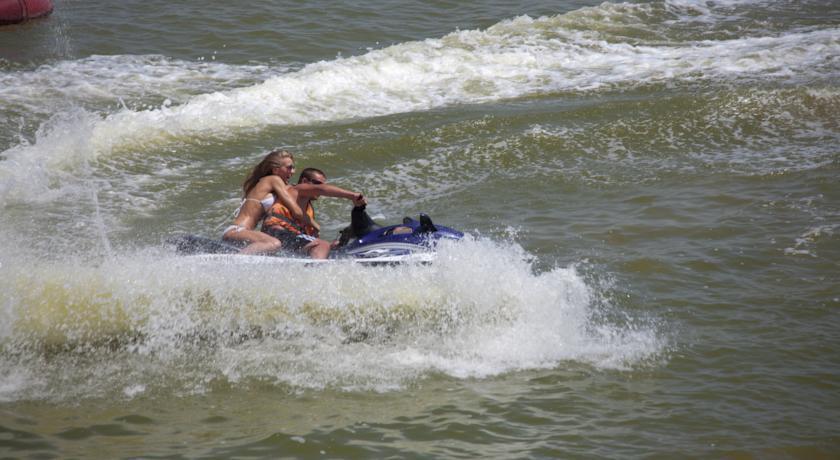 Pogostite.ru - ТОРНАДО водноспортивный клуб-отель | г. Ейск, 1 линия, песчаный пляж #48