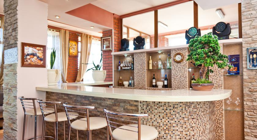 Pogostite.ru - ТОРНАДО водноспортивный клуб-отель | г. Ейск, 1 линия, песчаный пляж #12