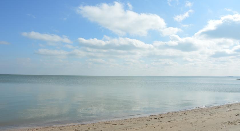 Pogostite.ru - ВАВИЛОН | г. Ейск, на берегу моря, 1-линия #1