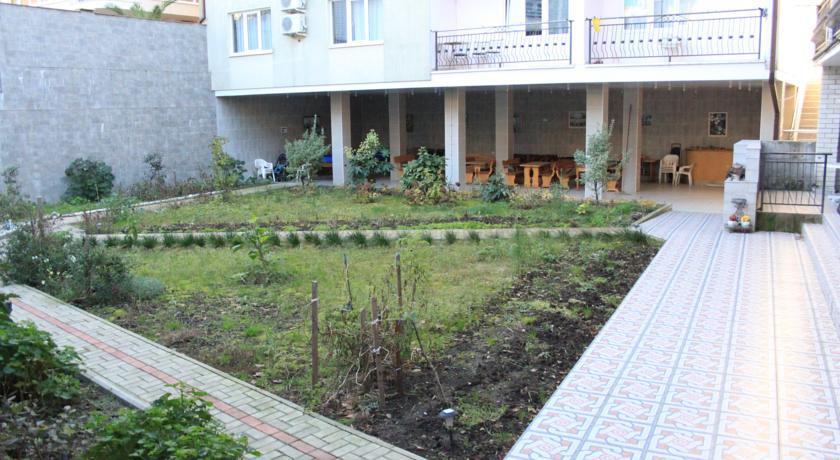 Pogostite.ru - КРИСТИНА ГОСТИНИЦА (поселок Лазаревское, рядом с аквапарком) #5