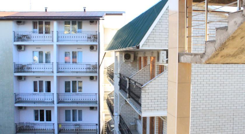 Pogostite.ru - КРИСТИНА ГОСТИНИЦА (поселок Лазаревское, рядом с аквапарком) #3