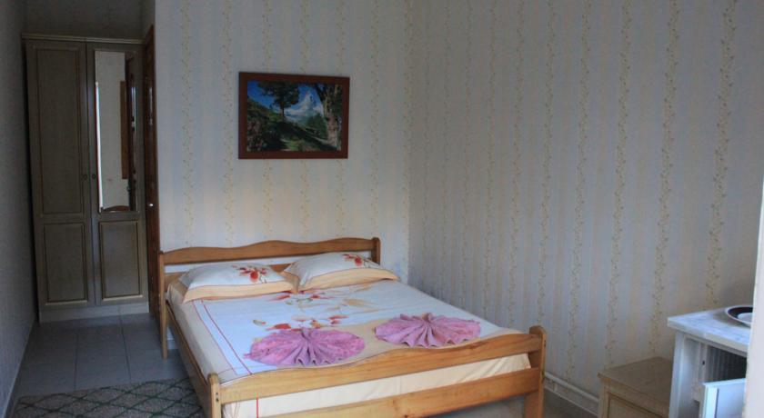 Pogostite.ru - КРИСТИНА ГОСТИНИЦА (поселок Лазаревское, рядом с аквапарком) #42