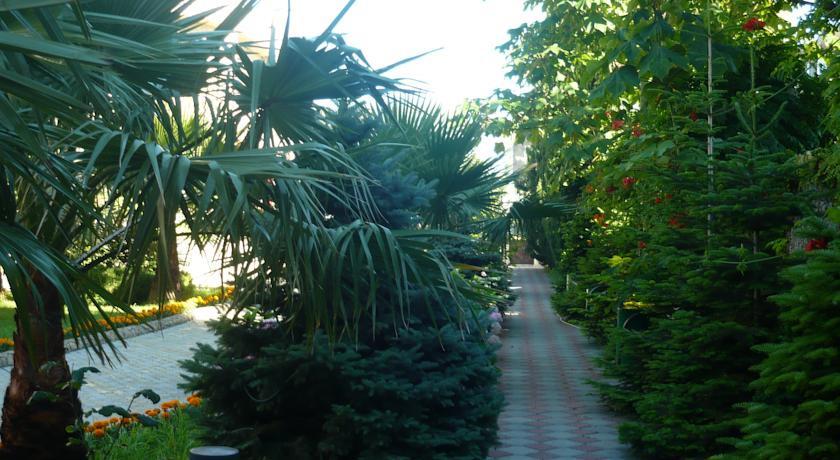 Pogostite.ru - ХОЛИДЕЙ (поселок Лазаревское, 5 минут от пляжа) #13