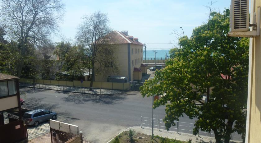 Pogostite.ru - ВИТАЛИНА (поселок Лазаревское, 100 м от аквапарка) #13