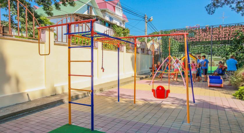 Pogostite.ru - ГЕНРИХ | п. Дагомыс, с детской площадкой и анимацией #33