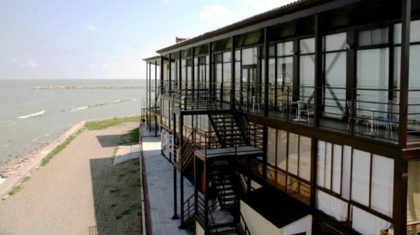 Pogostite.ru - АКВАТОРИЯ ЛЕТА СПОРТИВНЫЙ КЛУБ ОТЕЛЬ | г. Ейск | песчаный пляж | СЕРФ-ЦЕНТР #25