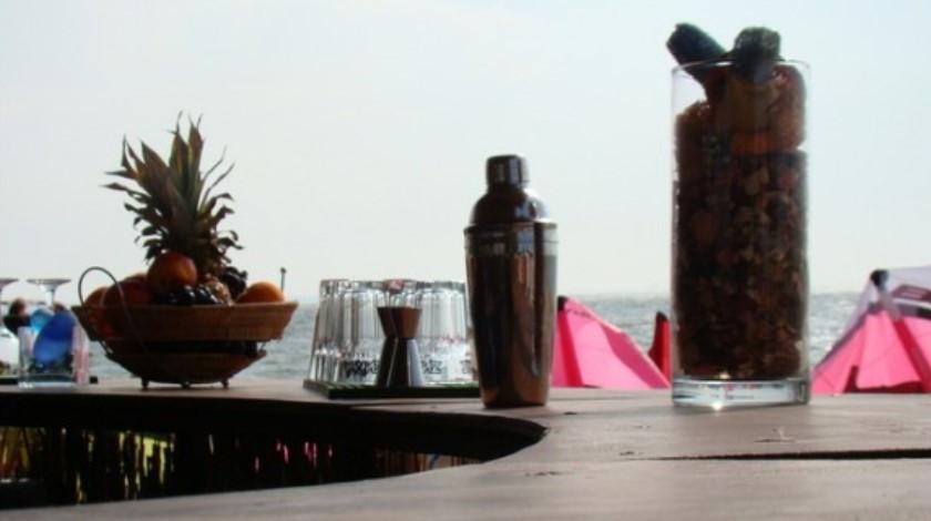 Pogostite.ru - АКВАТОРИЯ ЛЕТА СПОРТИВНЫЙ КЛУБ ОТЕЛЬ | г. Ейск | песчаный пляж | СЕРФ-ЦЕНТР #10