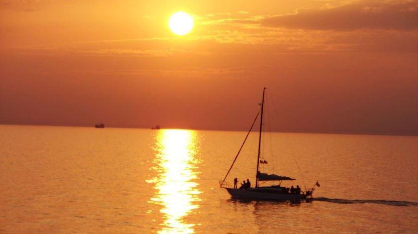 Pogostite.ru - АКВАТОРИЯ ЛЕТА СПОРТИВНЫЙ КЛУБ ОТЕЛЬ | г. Ейск | песчаный пляж | СЕРФ-ЦЕНТР #40