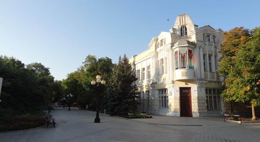 "Pogostite.ru - ""Орач"" Апартаменты ( г. Евпатория) #3"