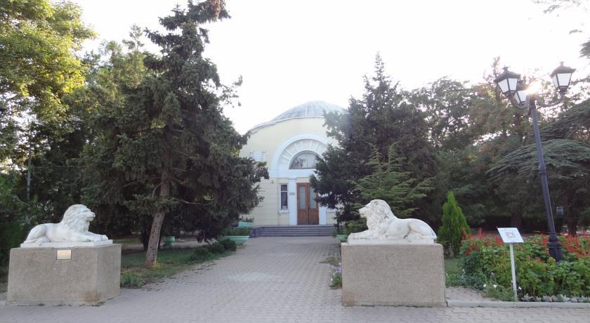 "Pogostite.ru - ""Орач"" Апартаменты ( г. Евпатория) #5"