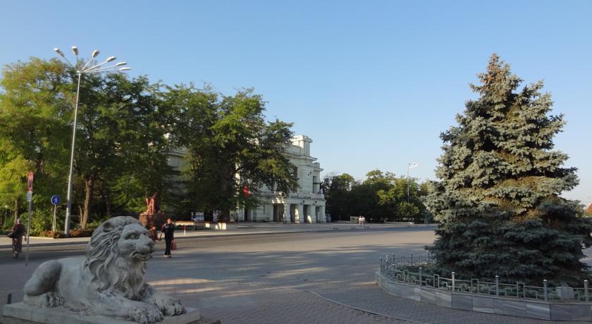 "Pogostite.ru - ""Орач"" Апартаменты ( г. Евпатория) #1"