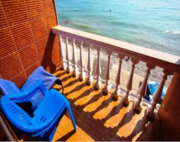 Pogostite.ru - ДОЛЬЧЕ ВИТА - DOLCHE VITA   п. Лоо   1 линия   песчаный пляж #13