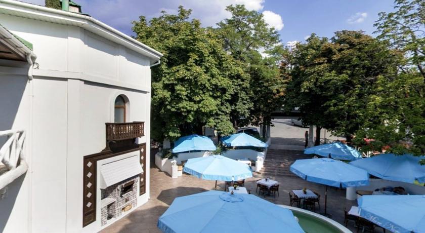 Pogostite.ru - Маре Неро (г. Алупка, возле Воронцовского дворца) #7