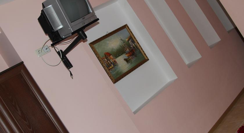 Pogostite.ru - Форест (г. Алупка, в 5 минутах от побережья Черного моря) #15