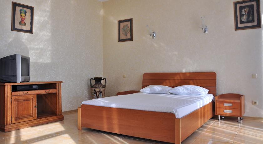Pogostite.ru - Парк-отель Алубика (г. Алупка, возле Воронцовского парка) #17