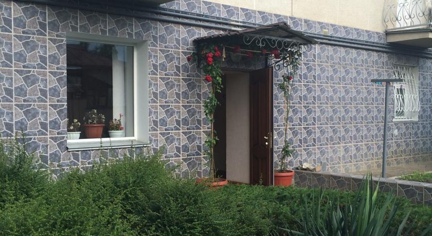 Pogostite.ru - Роза (г. Алушта, центр города, 10 минут до моря) #2