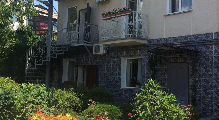 Pogostite.ru - Роза (г. Алушта, центр города, 10 минут до моря) #5