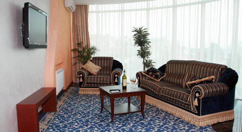 Pogostite.ru - Агора Спа отель | г. Алушта | парковка | пляж | в 100 метрах от моря #11