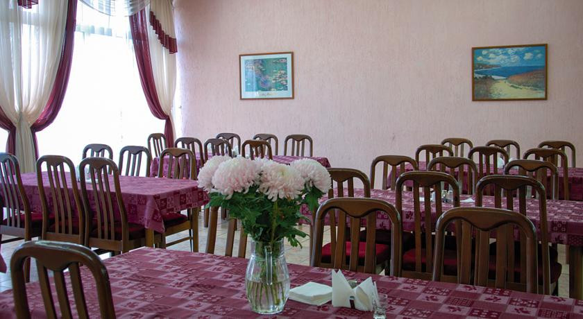 Pogostite.ru - Алушта | г. Алушта | шведский стол | парковка | дельфинарий рядом #7