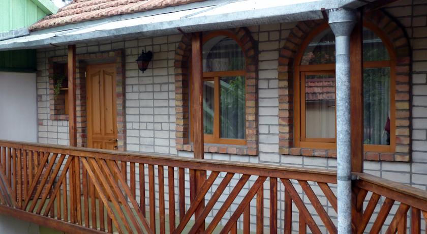 Pogostite.ru - Солнечный Замок | г. Судак | 15 минут до побережья | семейные номера | бесплатный интернет #14