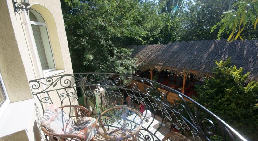Pogostite.ru - Сота | г. Судак | апартаменты с кухней | парковка #3