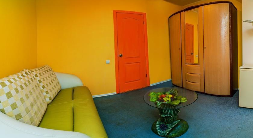 Pogostite.ru - Сота | г. Судак | апартаменты с кухней | парковка #17