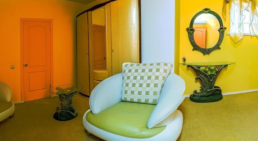 Pogostite.ru - Сота | г. Судак | апартаменты с кухней | парковка #21
