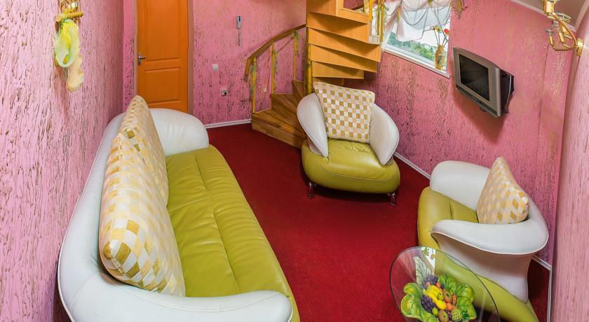 Pogostite.ru - Сота | г. Судак | апартаменты с кухней | парковка #27