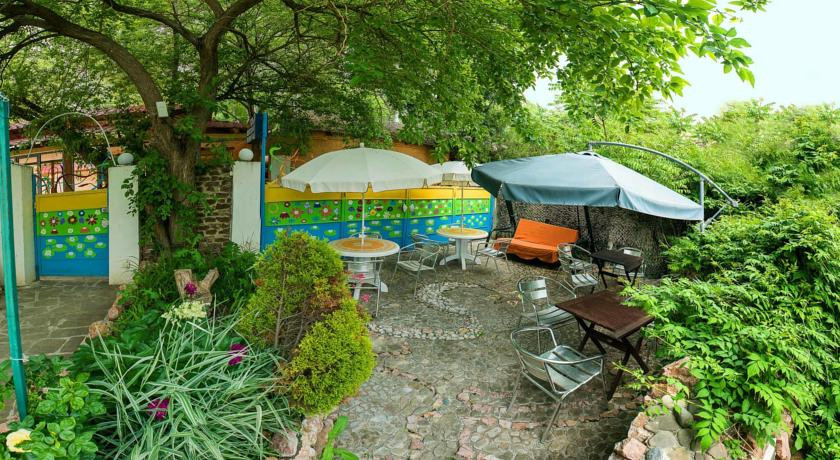 Pogostite.ru - Сота | г. Судак | апартаменты с кухней | парковка #1