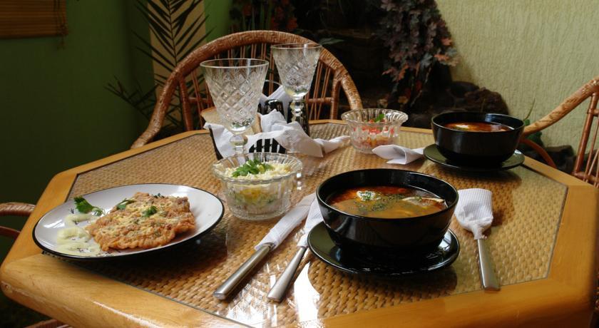 Pogostite.ru - Сота | г. Судак | апартаменты с кухней | парковка #9