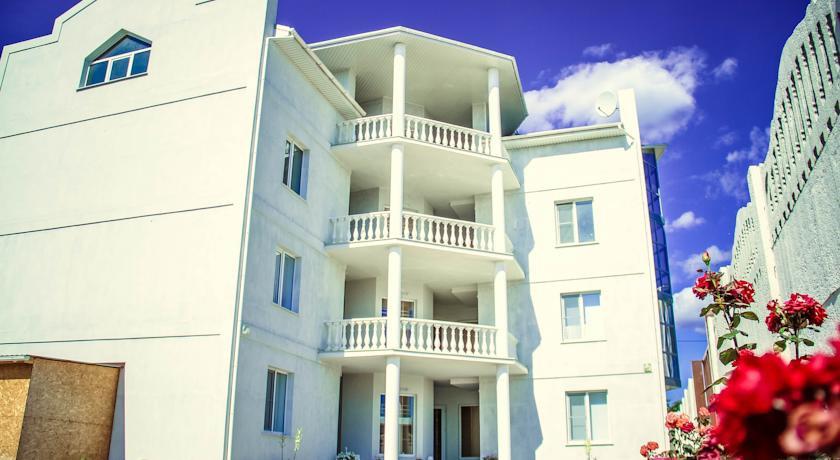 Pogostite.ru - Солнечная Судгея | г. Судак | возле моря | номера с балконом | кондиционеры #1